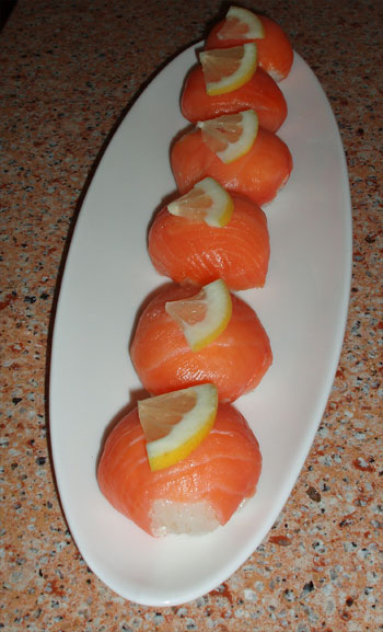 Sushi Ball (temari sushi) is very simple way to make sushi at home and ...